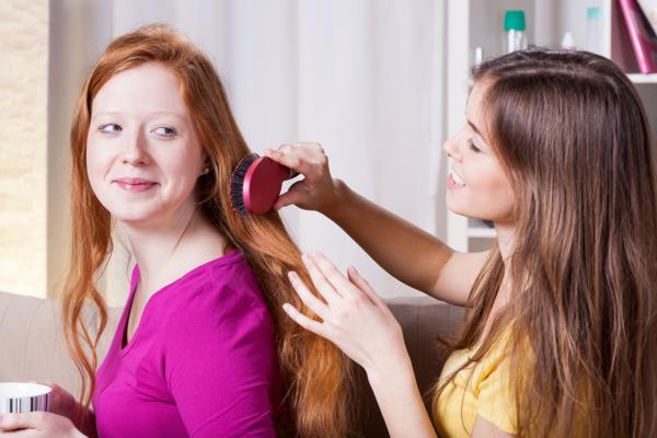 jak unikać przetłuszczania się włosów