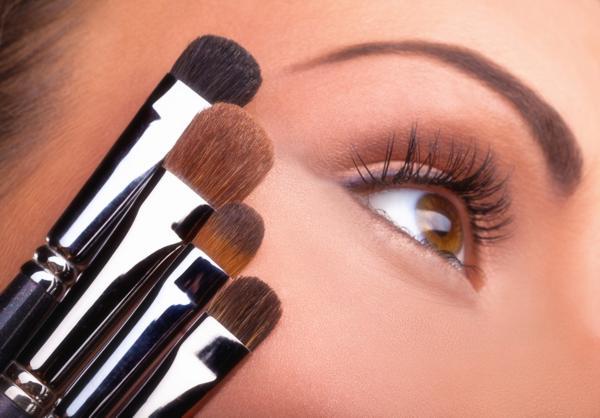 kolor oczu makijaż